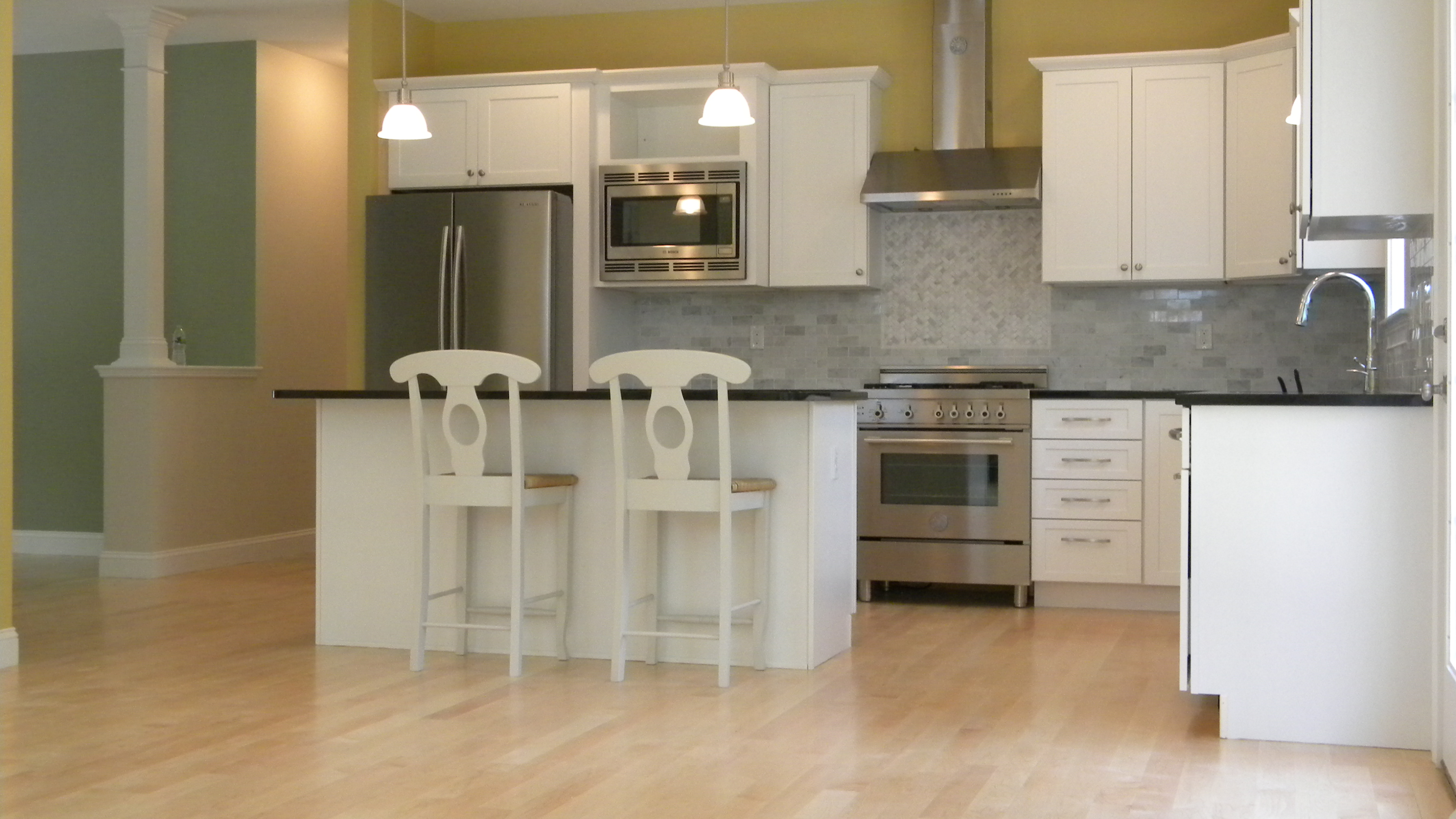 Kitchen Islands with Stove Top